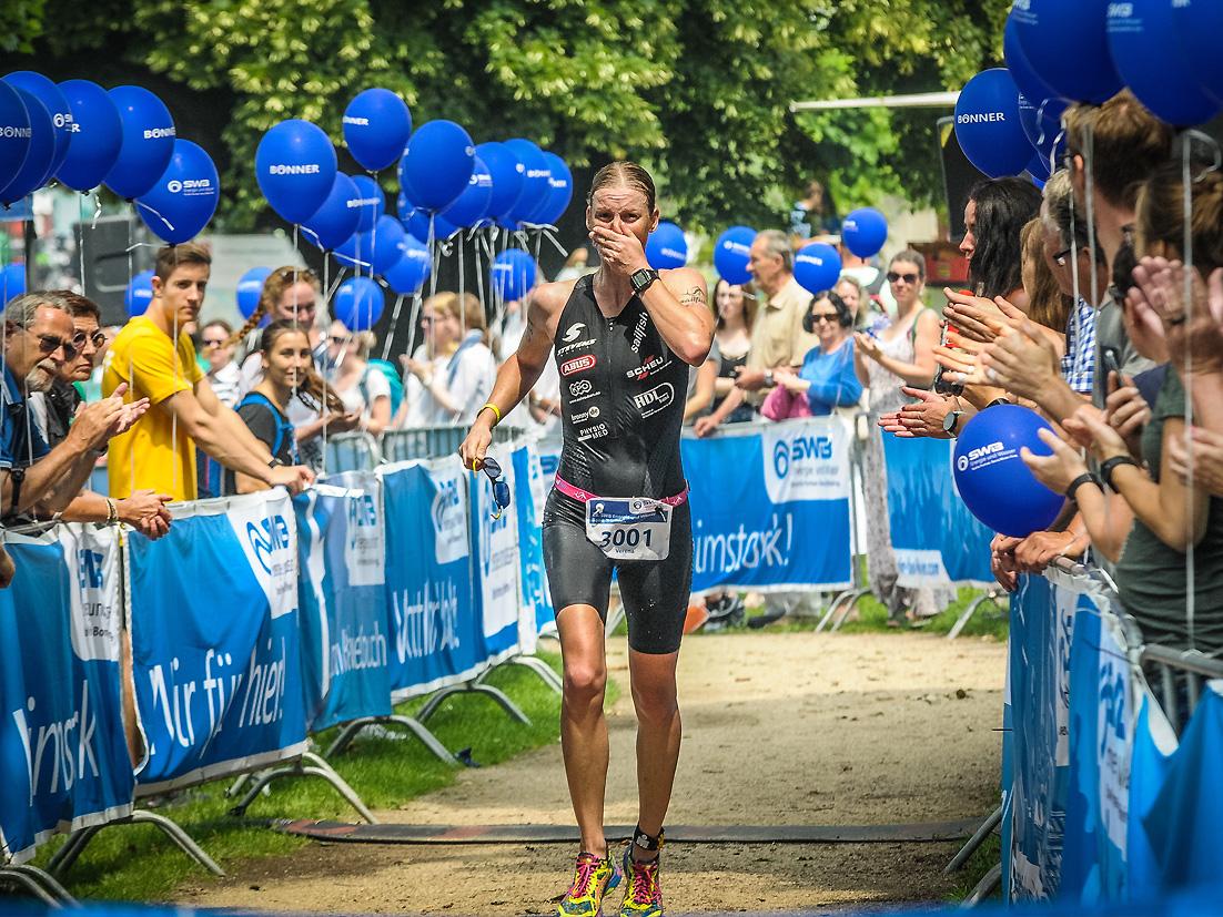Bonn-Triathlon 2018 – Emotionaler Zieleinlauf Mit Freudentränen!