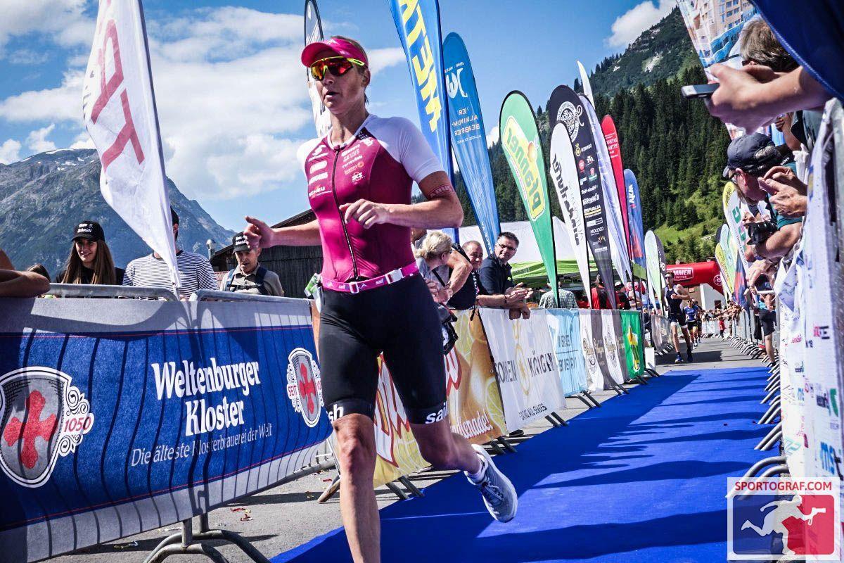 Trans Vorarlberg Triathlon – Im Zielkanal