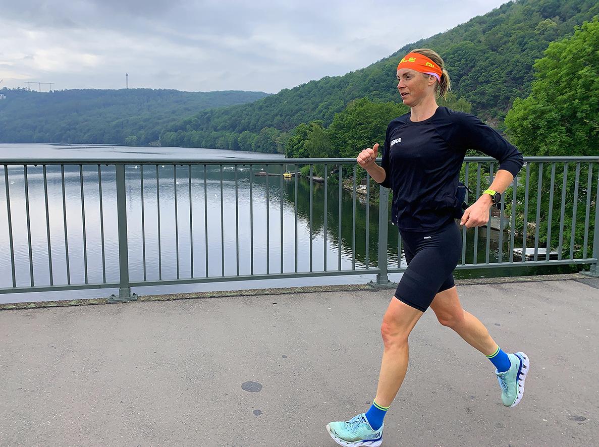 Laufabenteuer Ruhrtalradweg – Die Letzten Meter Des Tages Sind Die Schwersten, Hier Unterhalb Der Hohensyburg